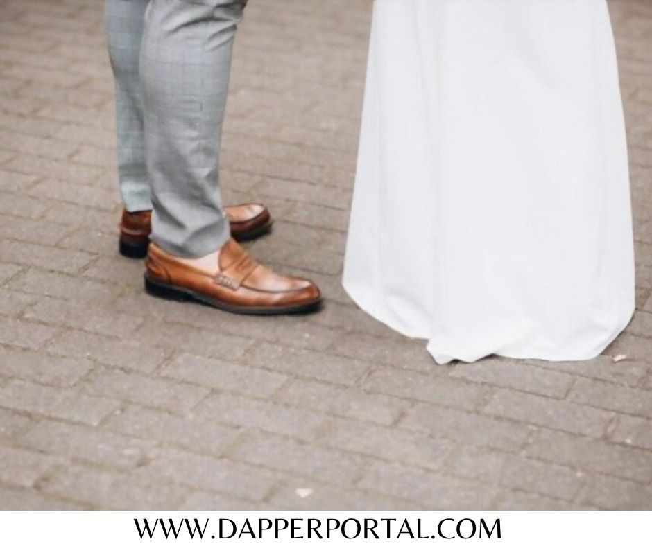 what pant color goes well with dark brown shoes
