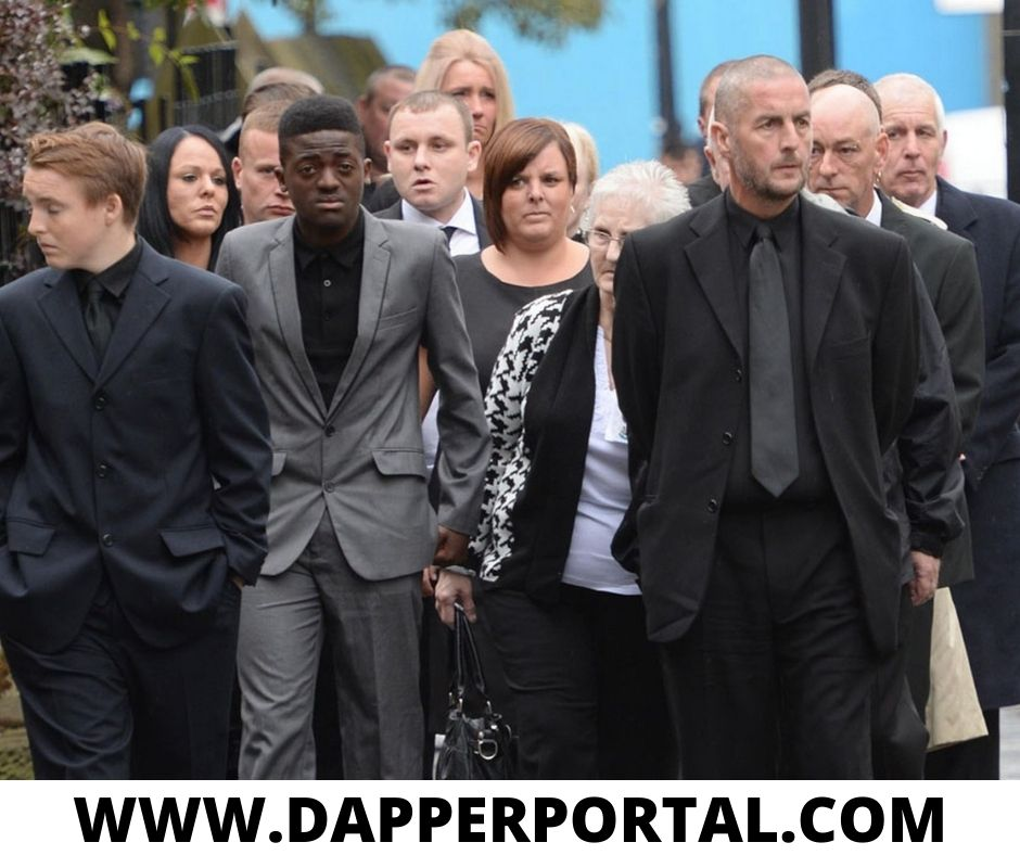 Do you have to wear a tie to a funeral